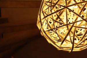 照らすだけ?個性のある技あり照明 場所に応じた電球と照明の選び方