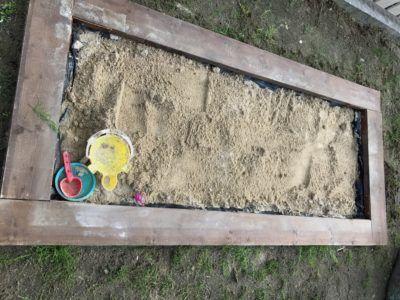 砂場 ベース